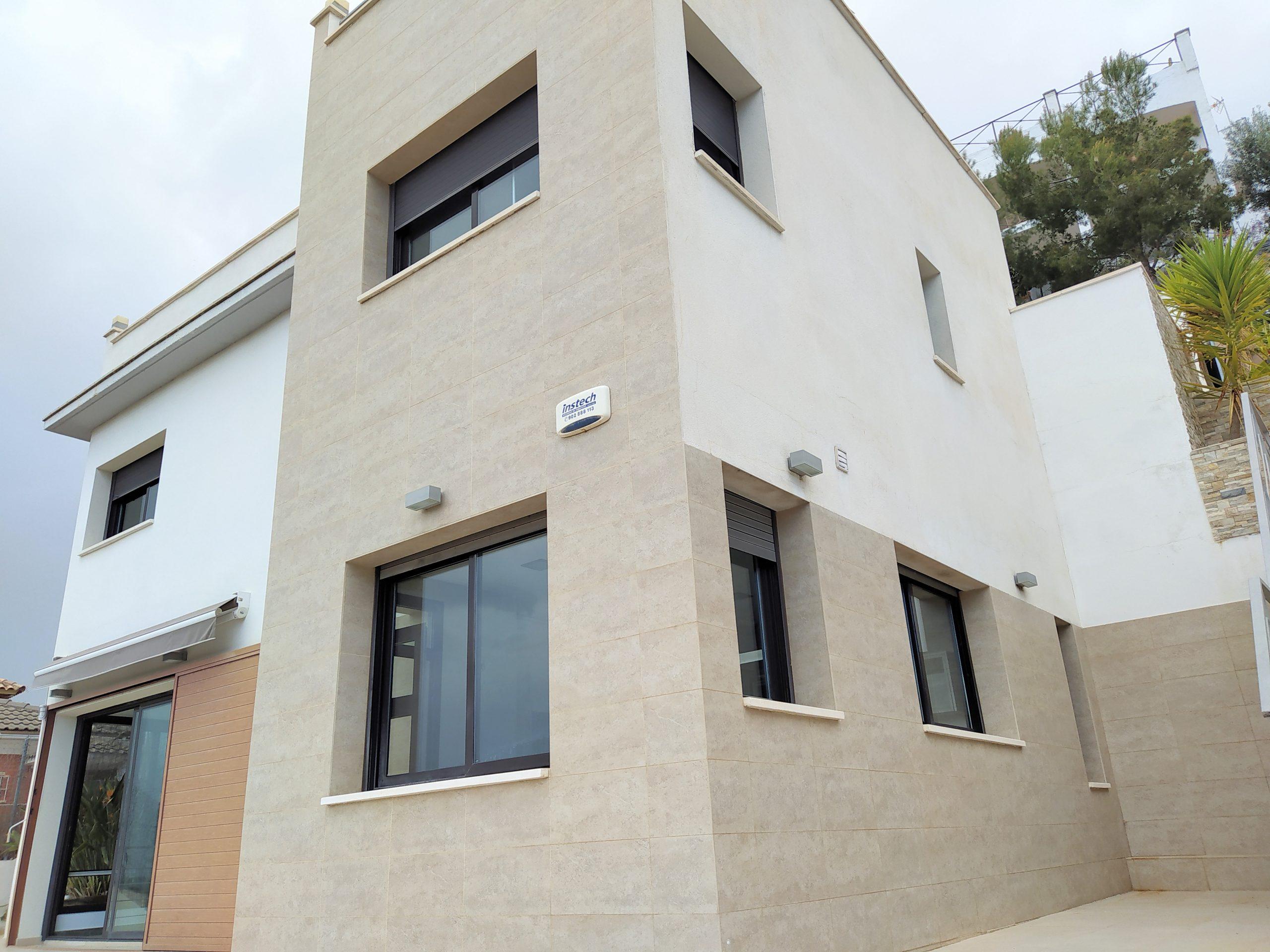 """""""Casa en la exclusiva urbanización de Quint Mar."""""""